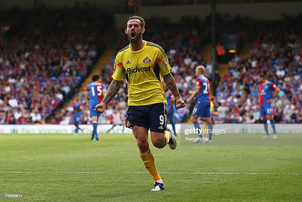 Steven Fletcher of Sunderland celebrates his goal during the Barclays Premier League match between Crystal Palace and Sunderland at Selhurst Park on August 31, 2013 in London, England.
