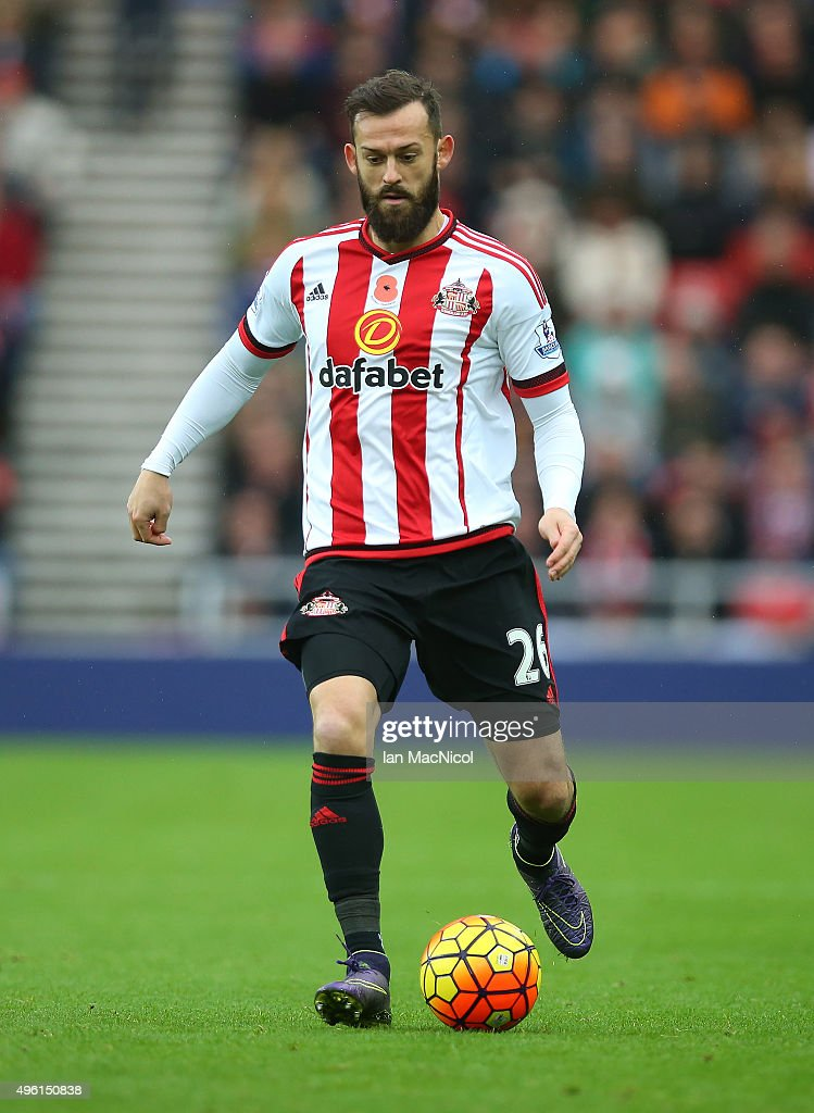 Steven Fletcher of Sunderland controls the ball during the Barclays Premier League match between Sunderland and Southampton at The Stadium of Light on November 7, 2015 in Sunderland, England.