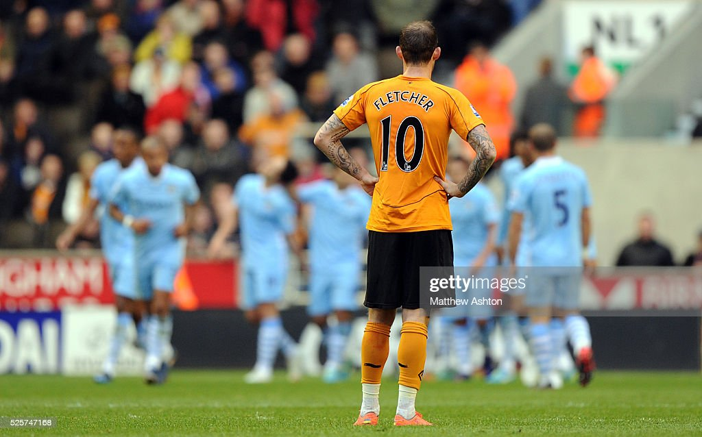 SOCCER - Barclays Premier League - Wolverhampton Wanderers v Manchester City : News Photo