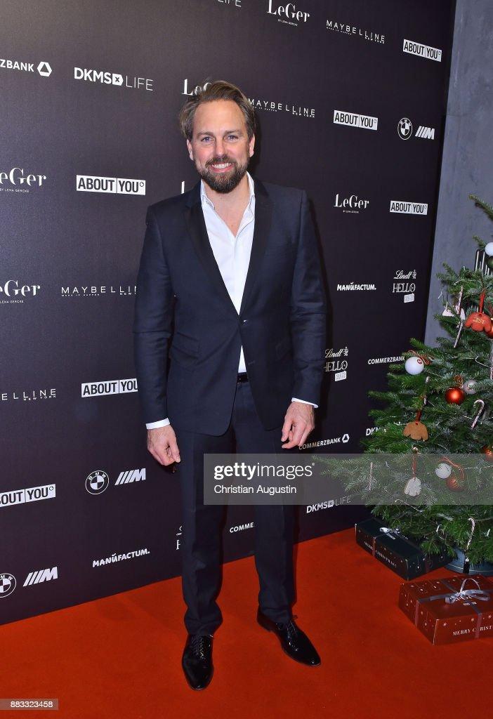 Steven Gaetjen Attends The Christmas Dinner Party Of Lena