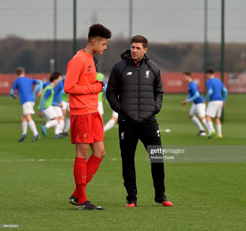 Steven Gerrard's First Day as Liverpool Academy Coach : News Photo