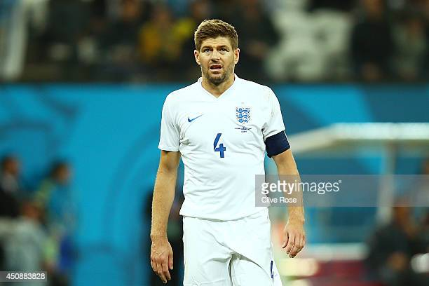Steven Gerrard of England looks dejected after a 21 defeat in the 2014 FIFA World Cup Brazil Group D match between Uruguay and England at Arena de...