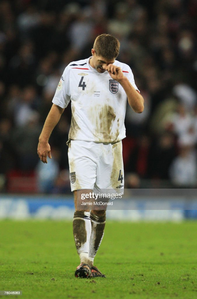Steven Gerrard of England looks dejected after the Euro 2008 Group E qualifying match between England and Croatia at Wembley Stadium on November 21, 2007 in London, England.