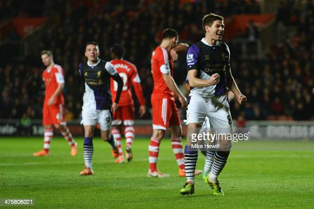 Steven Gerrard of Liverpool celebrates scoring from the penalty spot during the Barclays Premier League match between Southampton and Liverpool at St...