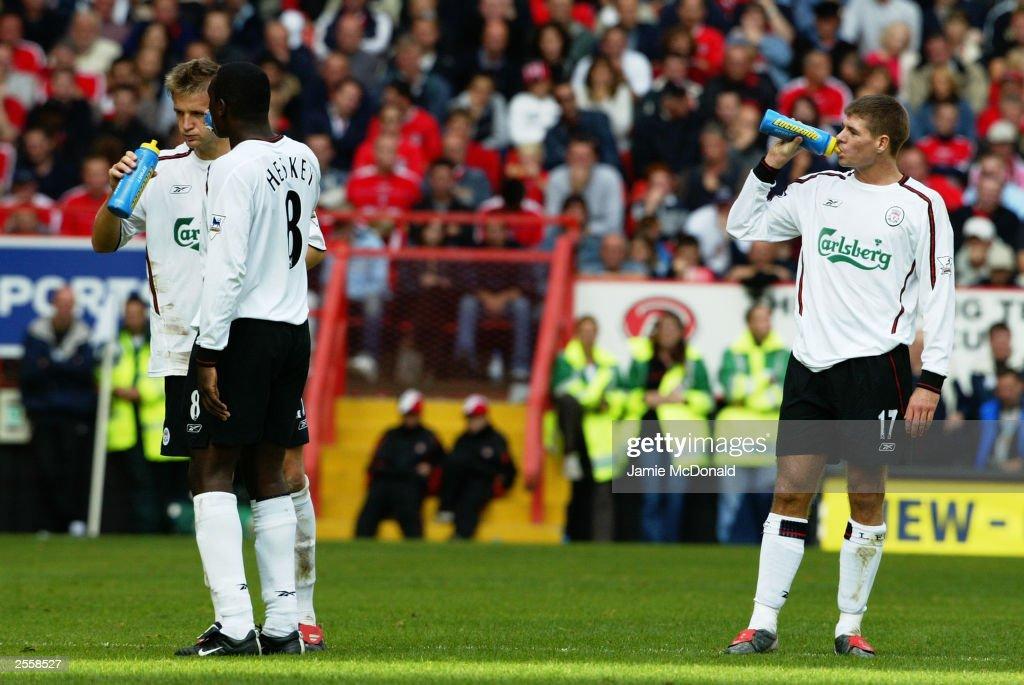 Steven Gerrard of Liverpool : News Photo