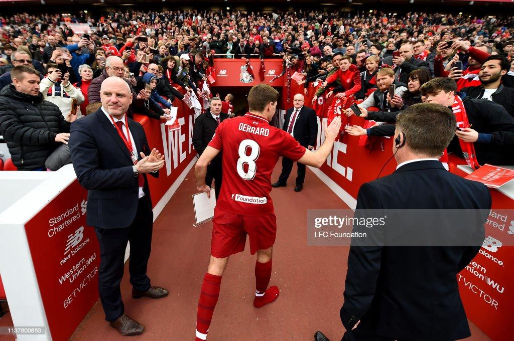 Liverpool FC Legends v AC Milan Glorie - Friendly : News Photo