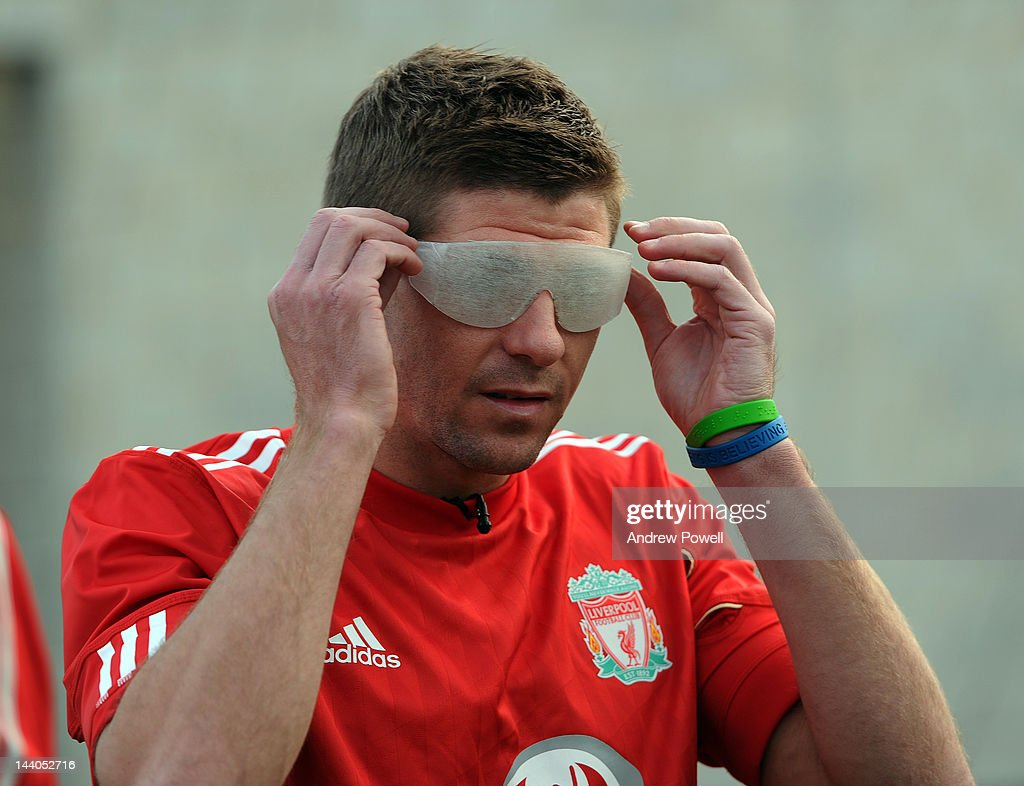 Liverpool FC Players Train Wearing Special Goggles to Emulate Blindness : News Photo
