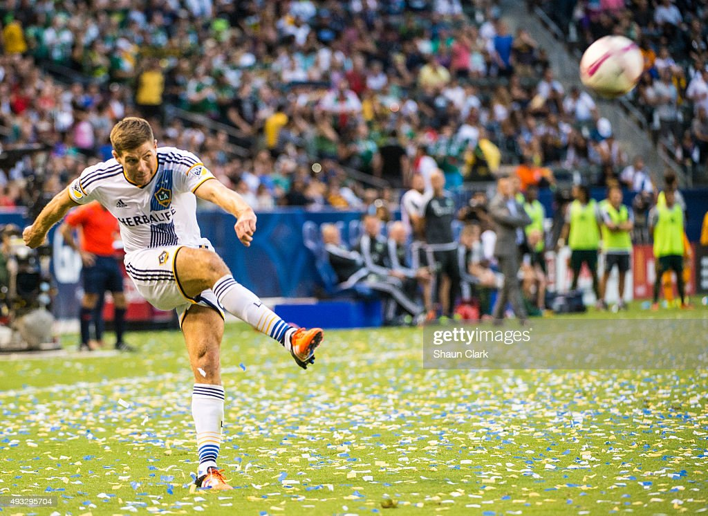 Steven Gerrard #8 of Los Angeles Galaxy crosses the ball during Los Angeles Galaxy's MLS match against Portland Timbers at the StubHub Center on October 18, 2015 in Carson, California. The Portland Timbers won the match 5-2