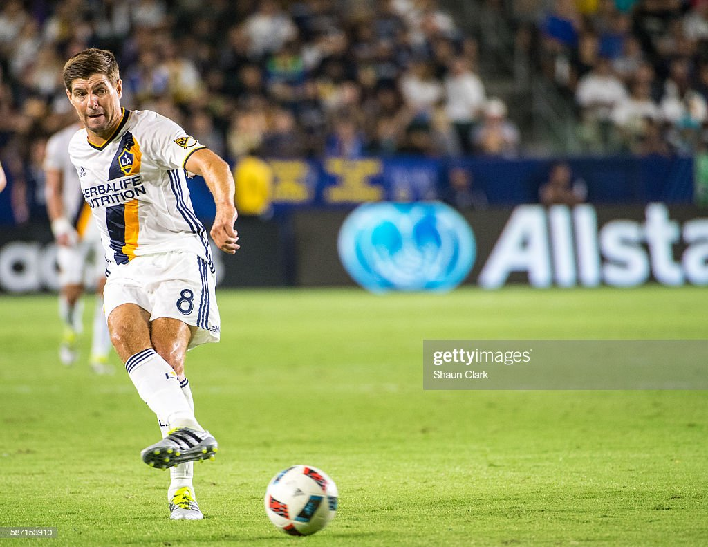 Steven Gerrard #8 of Los Angeles Galaxy passes the ball during Los Angeles Galaxy's MLS match against the New York Red Bulls at the StubHub Center on August 7, 2016 in Carson, California. The match ended 2-2