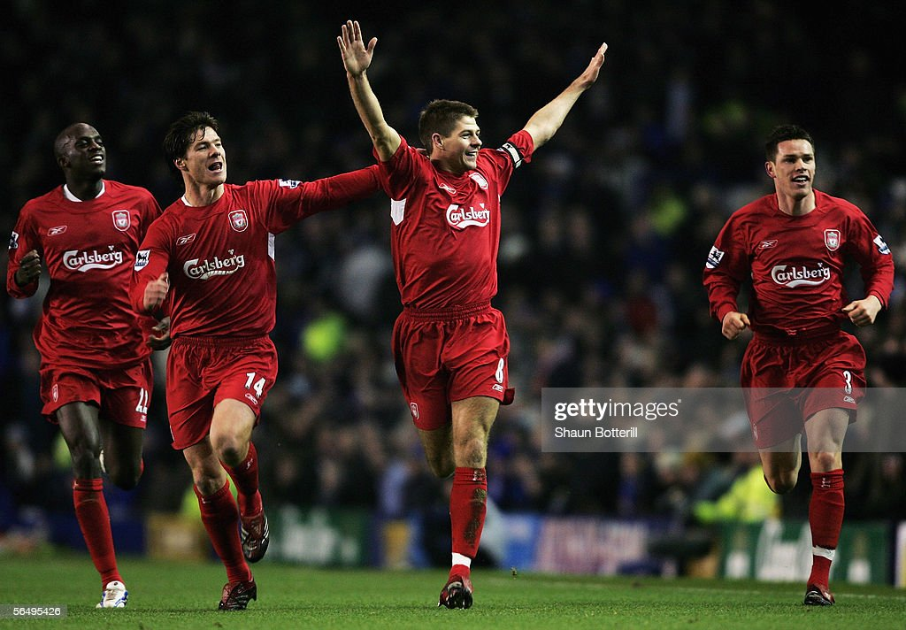 Everton v Liverpool : News Photo