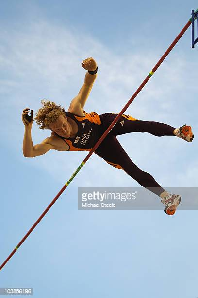 Steven Hooker of Australia and Team AsiaPacific clears 595 metres to win the men's pole vault during the IAAF/VTB Continental Cup at the Stadion...