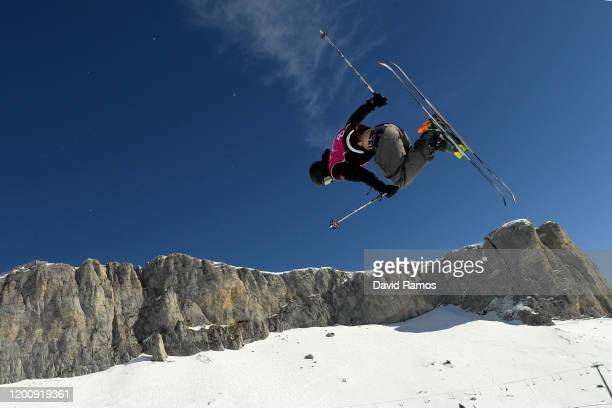 Steven Kahnert of Canada competes in his final run of Men's Freeski Halfpipe in Freestyle Skiing during day 12 of the Lausanne 2020 Winter Youth...