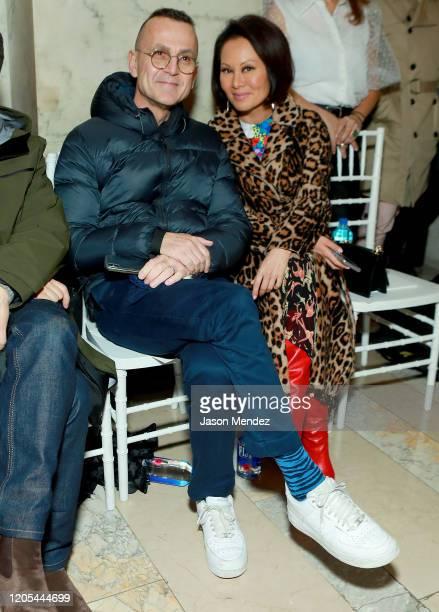 Steven Kolb and Alina Cho attend Oscar De La Renta Front Row February 2020 New York Fashion Week on February 10 2020 in New York City