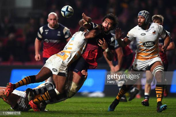 Steven Luatua of Bristol Bears offloads the ball during the Gallagher Premiership Rugby match between Bristol Bears and Wasps at Ashton Gate on...