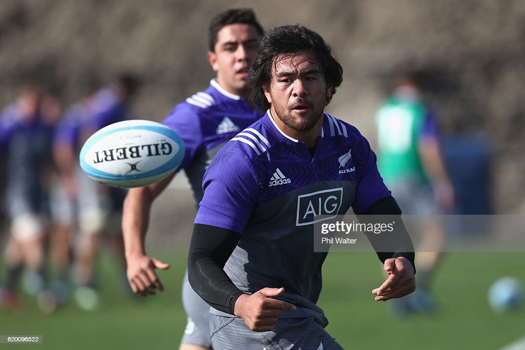 New Zealand All Blacks Training Session and Press Conference : News Photo