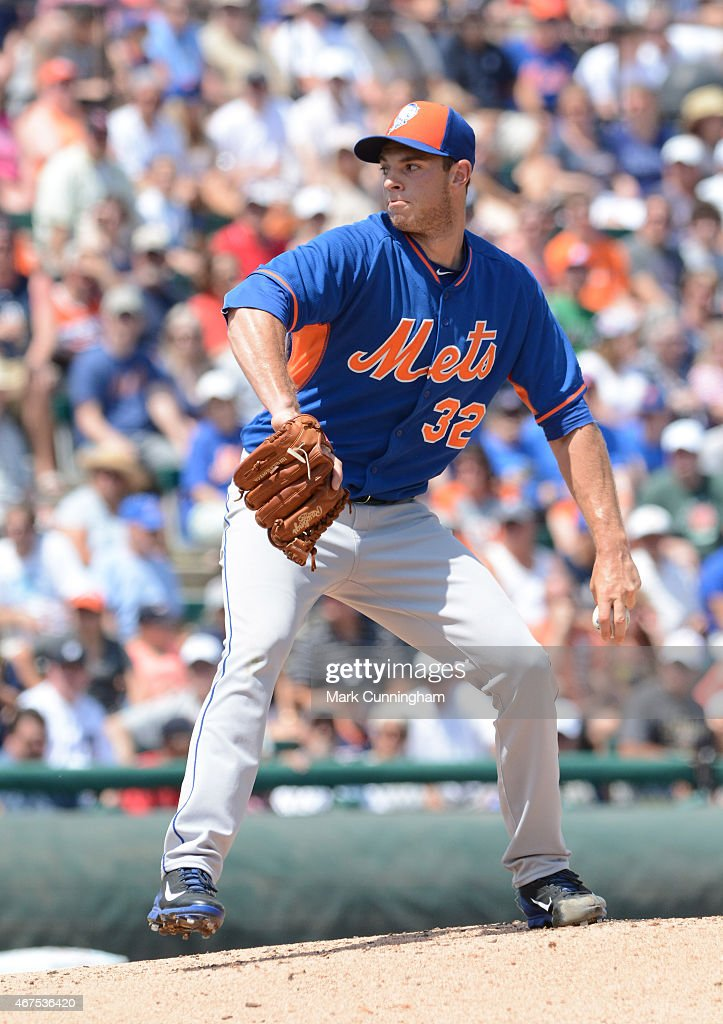 Steven Matz #32 of the New York Mets pitches during the Spring Training game against the Detroit Tigers at Joker Marchant Stadium on March 21, 2015 in Lakeland, Florida. The Tigers defeated the Mets 6-4.