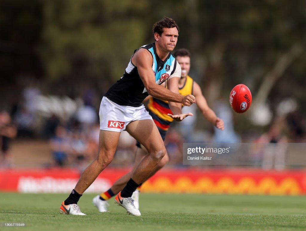 Adelaide v Port Adelaide - 2021 AFL Community Series : News Photo