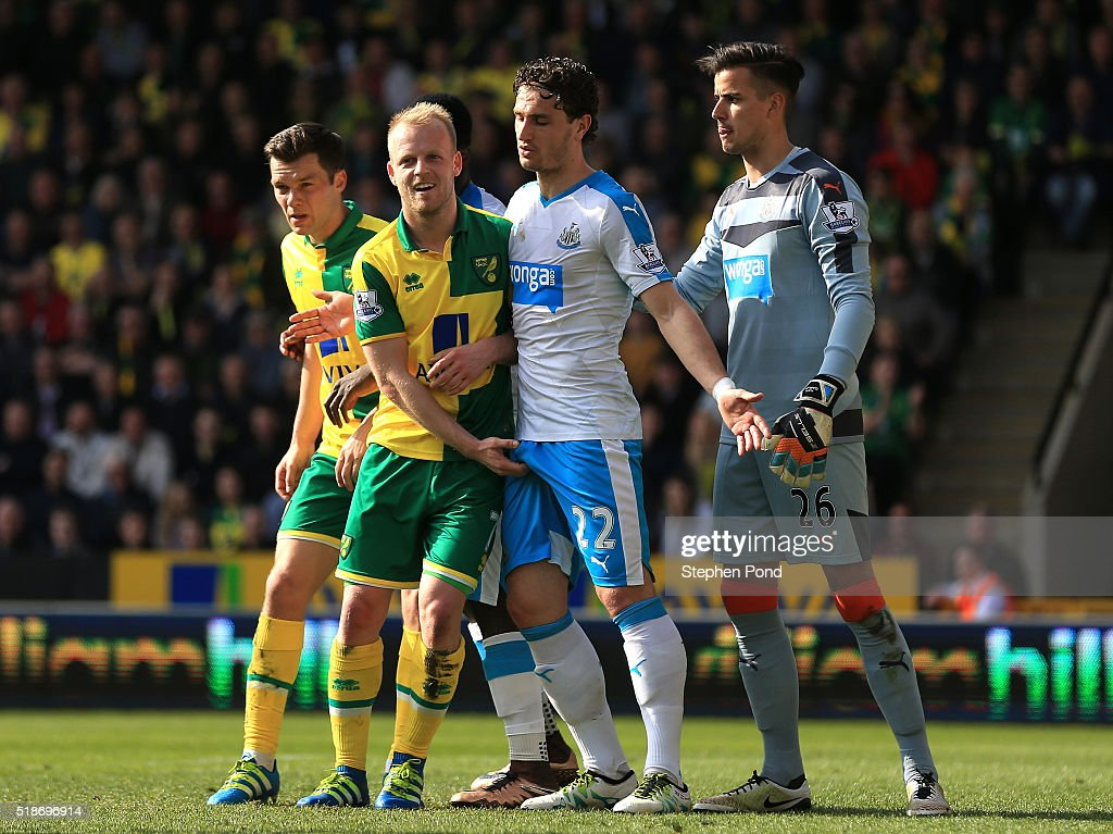 Steven Naismith Of Norwich City And Daryl Janmaat Of