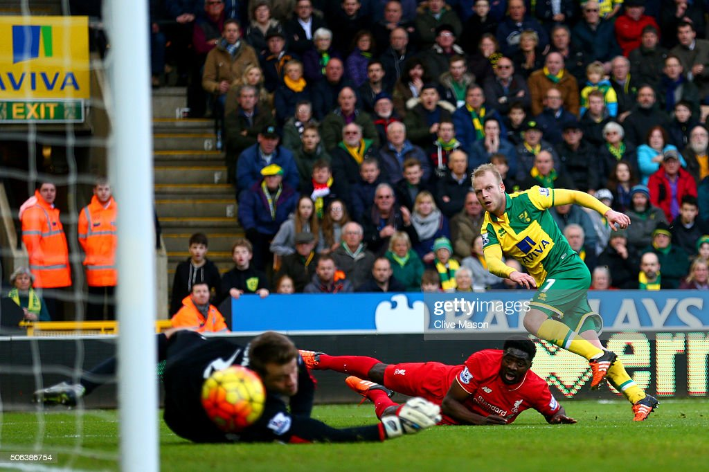 Norwich City v Liverpool - Premier League : News Photo
