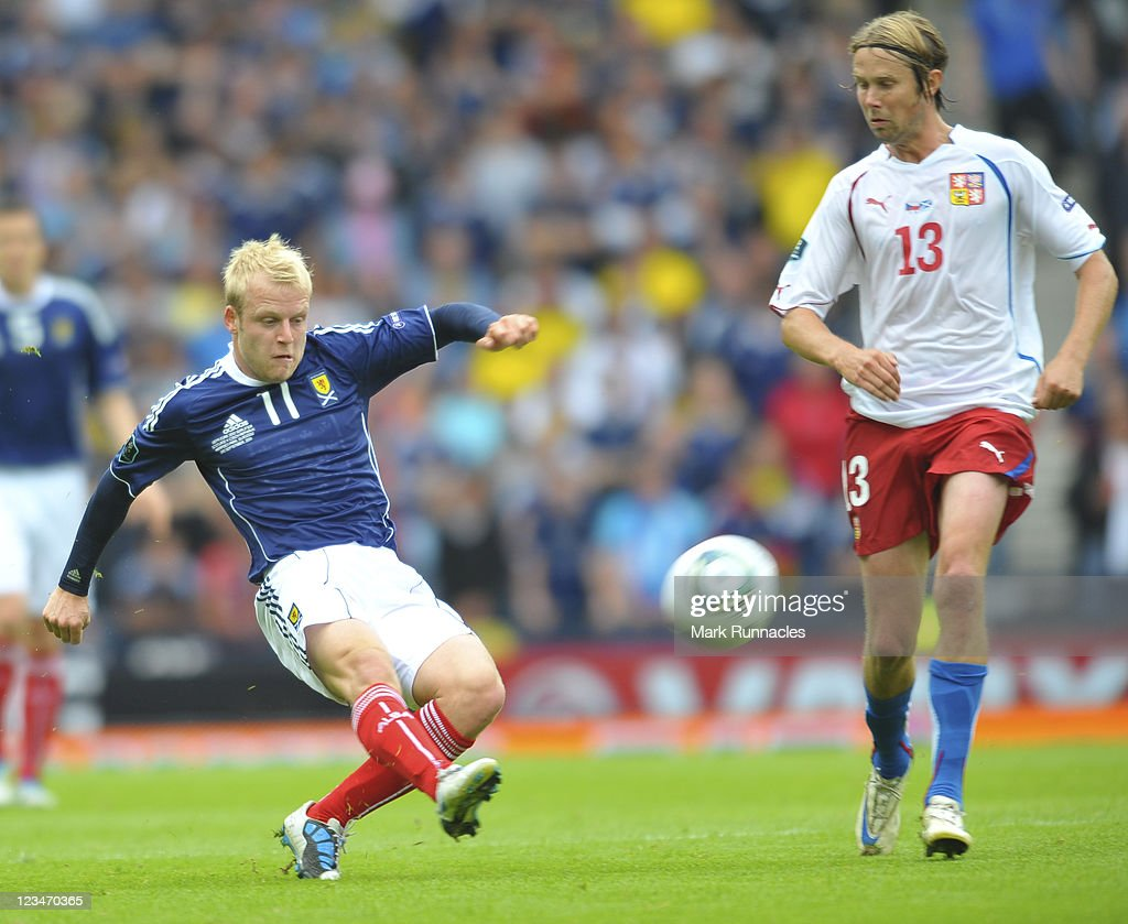 Steven Naismith of Scotland in action against Jaroslav Plasil of Czech Republic during the UEFA EURO 2012 Group I Qualifying match between Scotland and Czech Republic at Hampden Park on September 03, 2011 in Glasgow, Scotland.