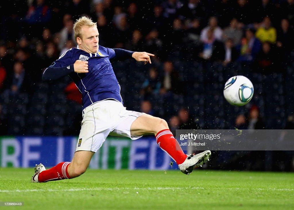 Scotland v Lithuania - EURO 2012 Qualifier : News Photo