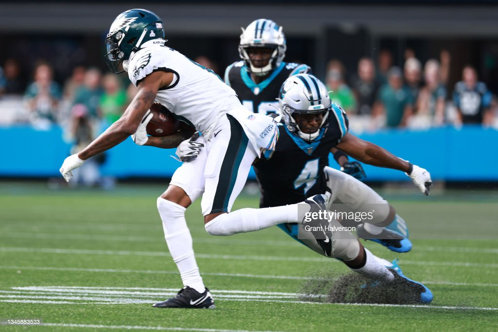 Philadelphia Eagles v Carolina Panthers : News Photo