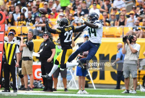 Steven Nelson of the Pittsburgh Steelers breaks up a pass intended for DK Metcalf of the Seattle Seahawks during the second quarter at Heinz Field on...