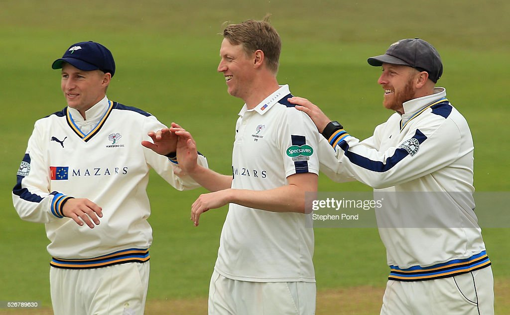 Nottinghamshire v Yorkshire - Specsavers County Championship: Division One : News Photo