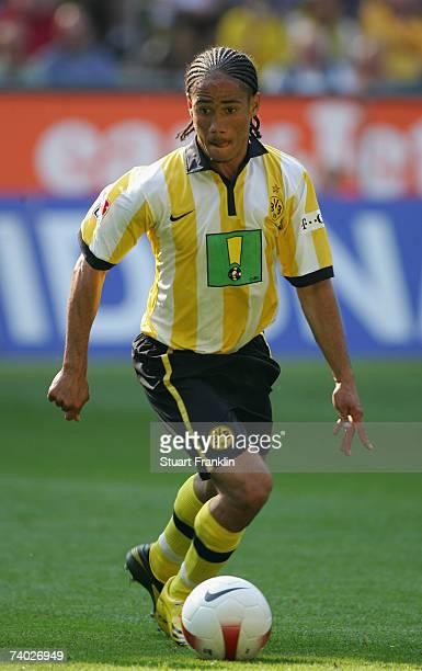 Steven Pienaar of Dortmund in action during the Bundesliga match between Borussia Dortmund and Eintracht Frankfurt at the Signal Iduna Park on April...