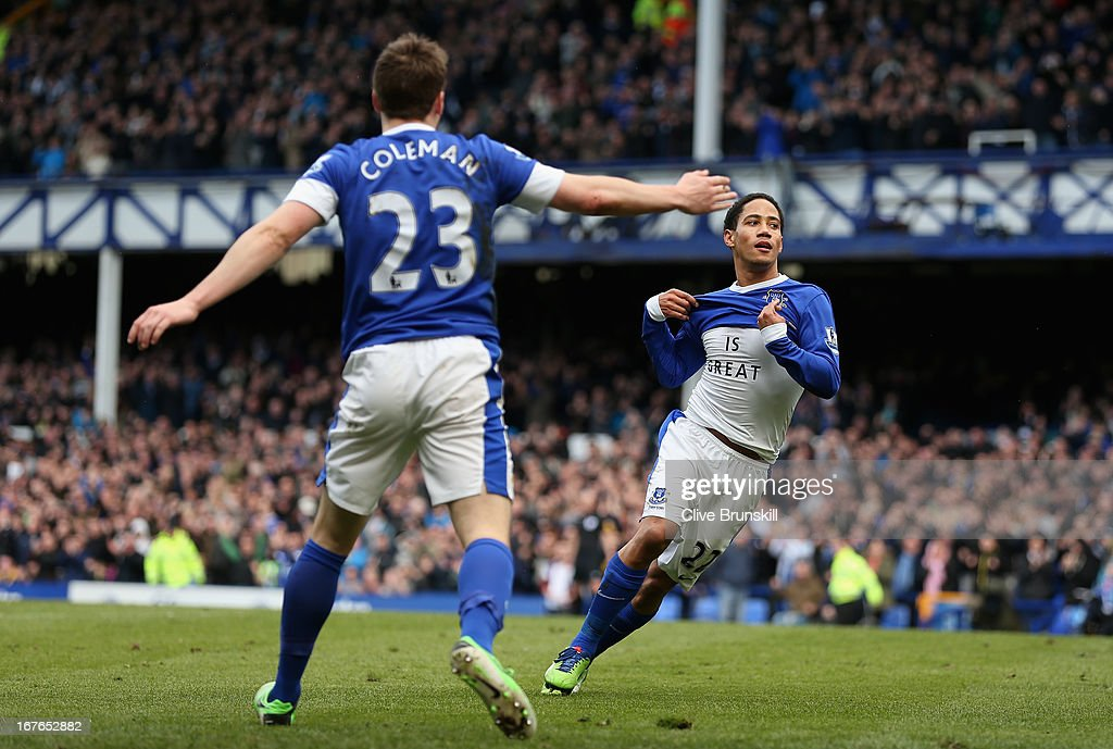 Steven Pienaar of Everton celebrates after scoring the first goal during the Barclays Premier League match between Everton and Fulham at Goodison Park on April 27, 2013 in Liverpool, England.