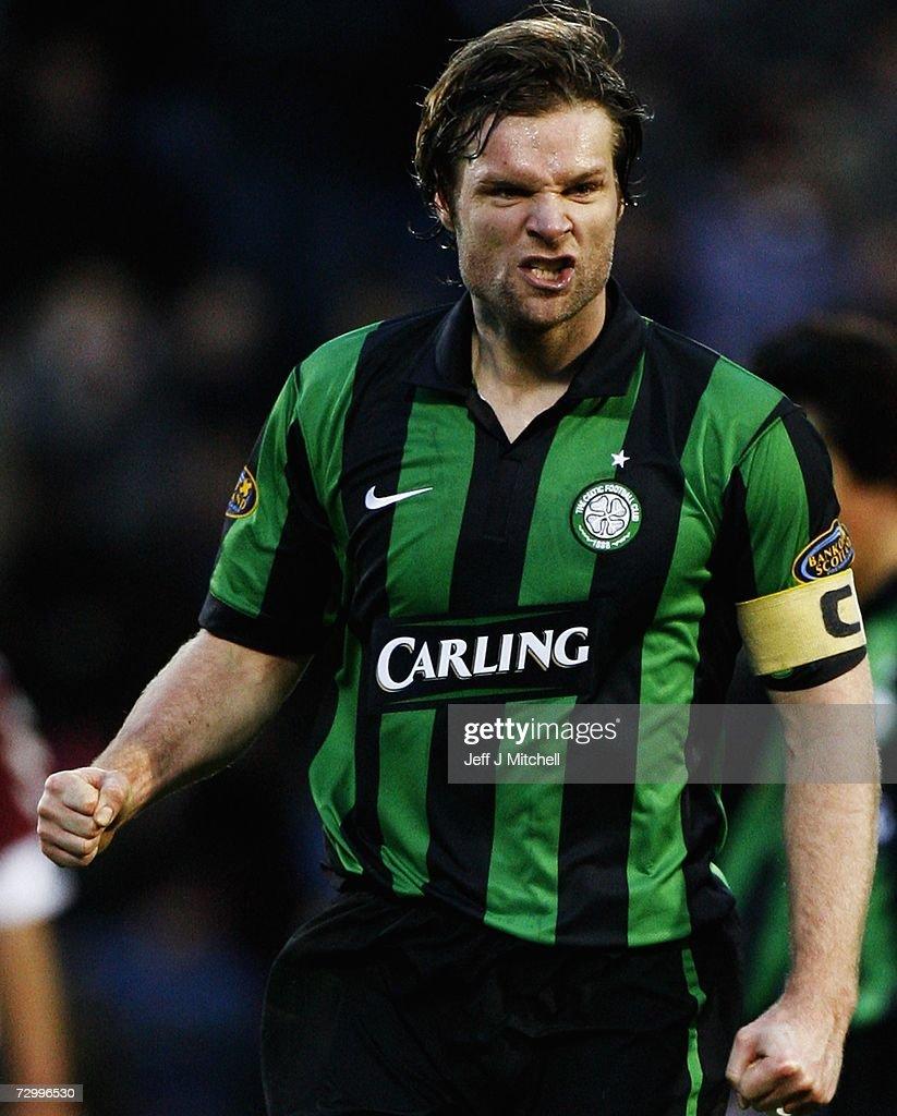 Hearts v Celtic : News Photo