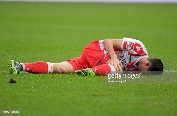 Steven Skrzybski of 1 FC Union Berlin during the game between Union Berlin and Dynamo Dresden at Stadion An der Alten Forsterei on december 9 2017 in...