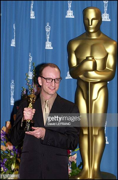Steven Soderbergh best director for 'Traffic' at 73rd American Academy Awards Ceremony in Los Angeles United States on March 25 2001
