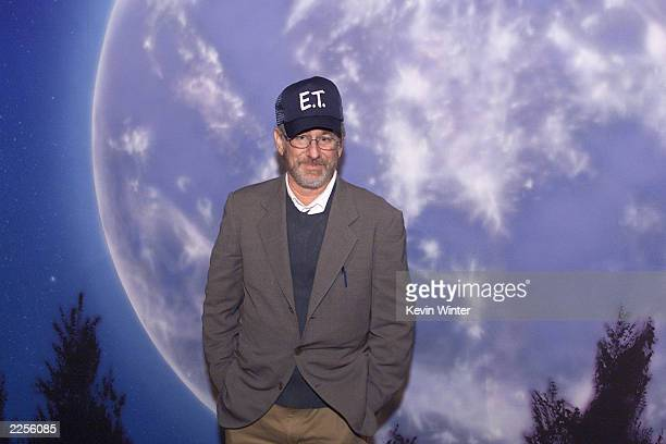 Steven Spielberg at the 20th anniversary premiere of ET The ExtraTerrestrial at the Shrine Auditorium in Los Angeles Ca Saturday March 16 2002 Photo...