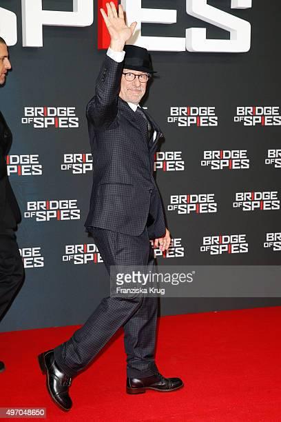 Steven Spielberg attends the 'Bridge of Spies Der Unterhaendler' World Premiere on November 13 2015 in Berlin Germany