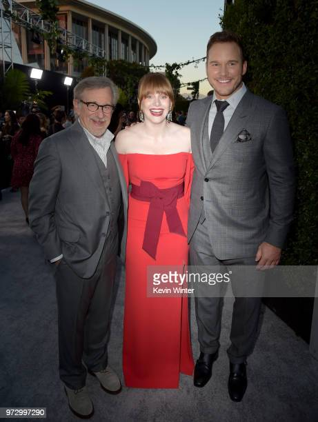 Steven Spielberg Bryce Dallas Howard and Chris Pratt arrive at the premiere of Universal Pictures and Amblin Entertainment's 'Jurassic World Fallen...