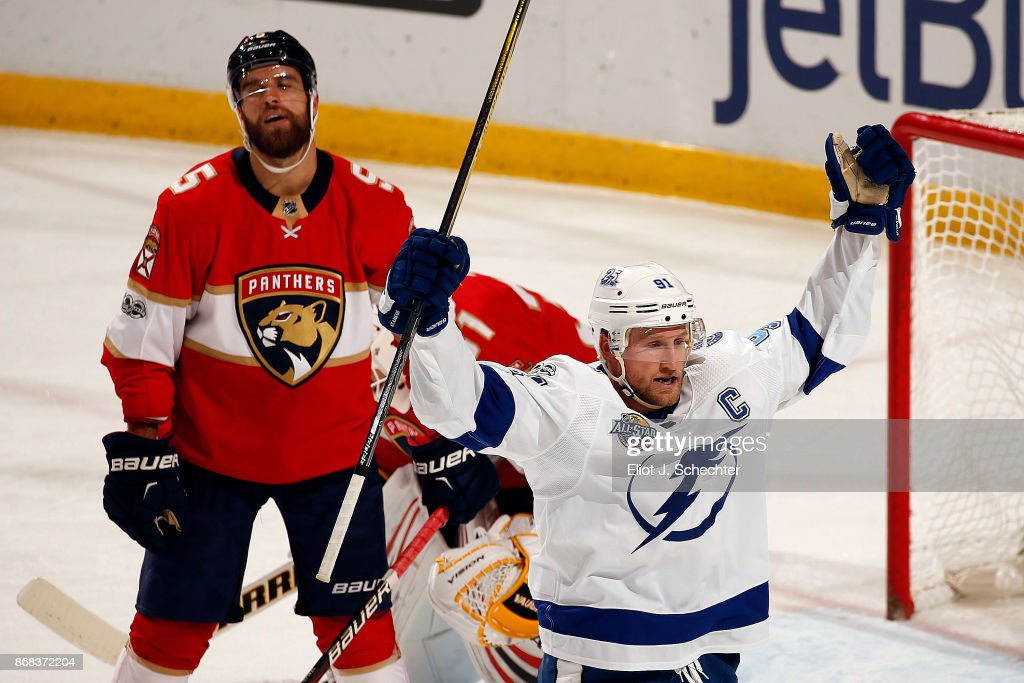 Steven Stamkos #91 of the Tampa Bay Lightning celebrates his goal against the Florida Panthers at the BB&T Center on October 30, 2017 in Sunrise, Florida.