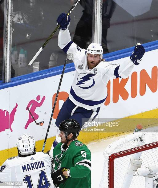 Steven Stamkos of the Tampa Bay Lightning is congratulated by Pat Maroon after scoring a goal against the Dallas Stars during the first period in...