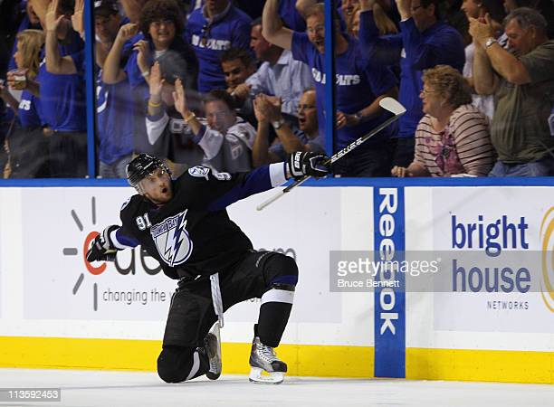 Steven Stamkos of the Tampa Bay Lightning scores the game tying goal in the third period against the Washington Capitals in Game Three of the Eastern...