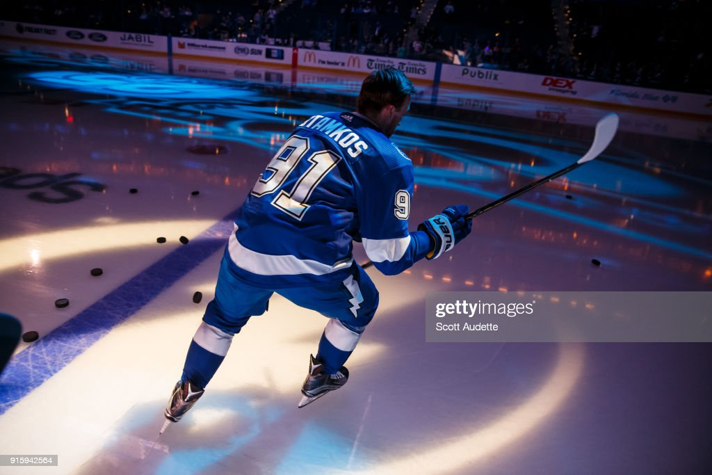 Steven Stamkos #91 of the Tampa Bay Lightning skates onto the ice before the game against the Vancouver Canucks at Amalie Arena on February 8, 2018 in Tampa, Florida.