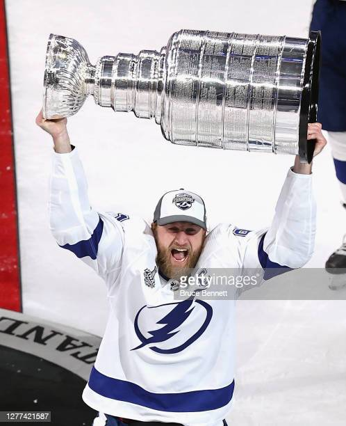 Steven Stamkos of the Tampa Bay Lightning skates with the Stanley Cup following the series-winning victory over the Dallas Stars in Game Six of the...