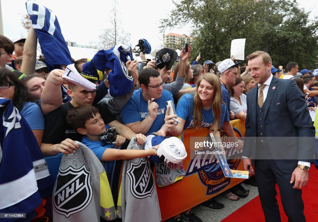 Steven Stamkos #91 of the Tampa Bay Lightning walks the red carpet prior to playing in the 2018 Honda NHL All-Star Game at Amalie Arena on January 28, 2018 in Tampa, Florida.