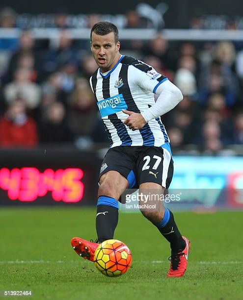 Steven Taylor of Newcastle United controls the ball during the Barclays Premier League match between Newcastle United and AFC Bournemouth at St James...