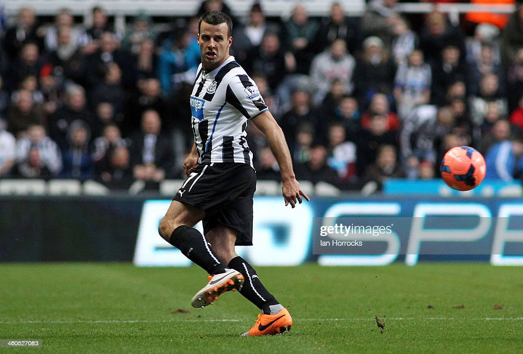 Newcastle United v Cardiff City - FA Cup : News Photo