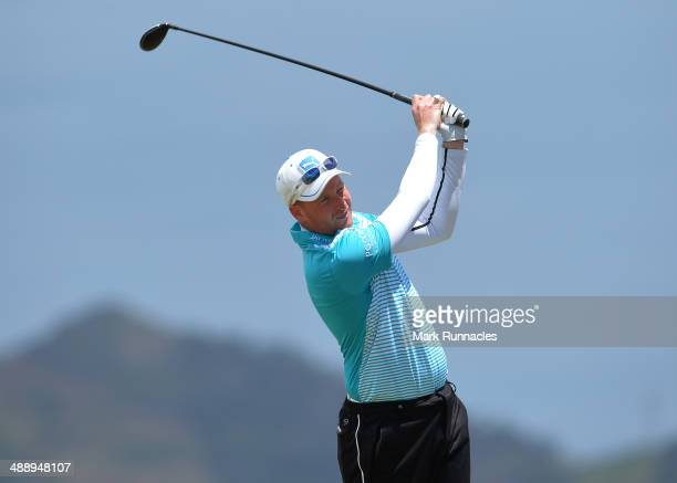 Steven Tiley of England plays his tee shot from the 5th tee during the Madeira Islands Open Portugal BPI at Club de Golf do Santo da Serra on May 9...