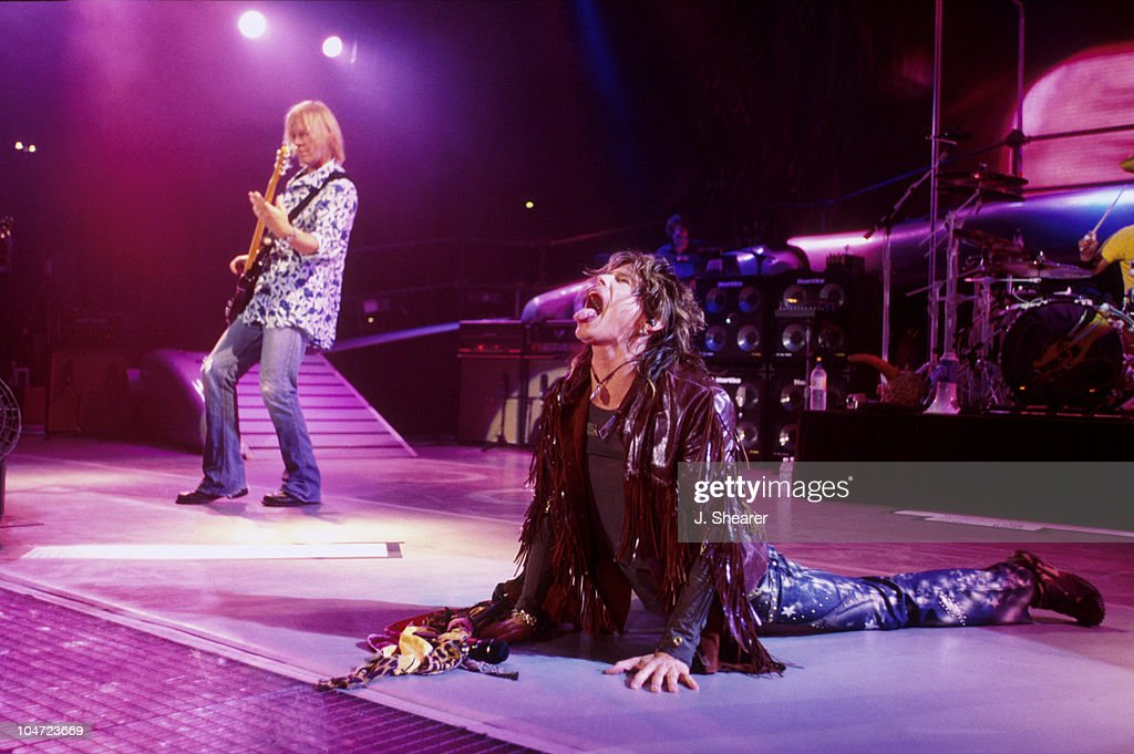 Aerosmith and Fuel on Just Push Play Tour