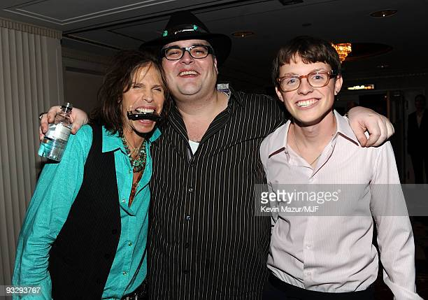 * EXCLUSIVE* Steven Tyler John Popper and Sam Fox attend The Michael J Fox Foundation�s 2009 Benefit A Funny Thing Happened on the Way to Cure...