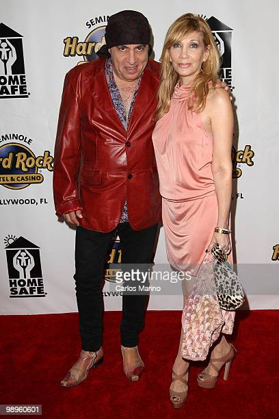 Steven Van Zandt and Maureen Van Zandt attend Clarence Clemons Classic Benefitting Homesafe at Seminole Hard Rock Hotel on May 8 2010 in Hollywood...