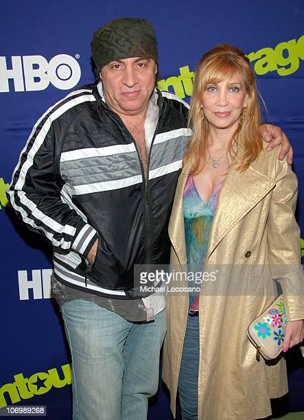 Steven Van Zandt and Maureen Van Zandt during Entourage Season Three New York Premiere Arrivals at Skirball Center for the Performing Arts at NYU in...