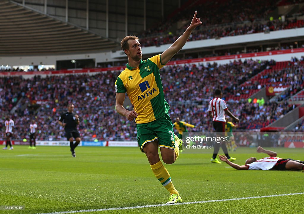 Steven Whittaker of Norwich City celebrates scoring his team's second goal during the Barclays Premier League match between Sunderland and Norwich City at the Stadium of Light on August 15, 2015 in Sunderland, United Kingdom.